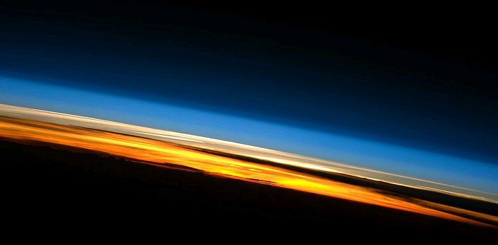 Python 地球の大気圏
